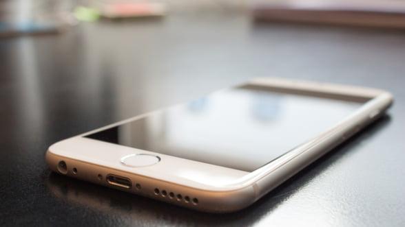 Taxele de roaming, eliminate din 15 iunie 2017