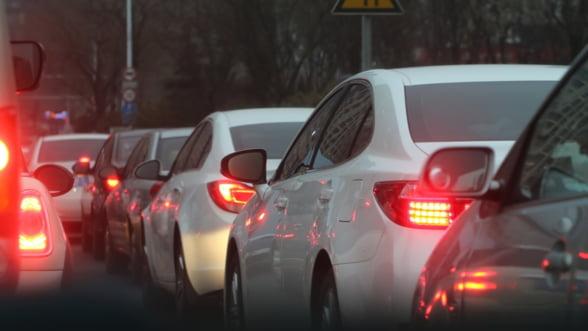Taximetristii ies in strada impotriva UBER si Taxify: Coloane de masini din toata tara se vor strange la Guvern