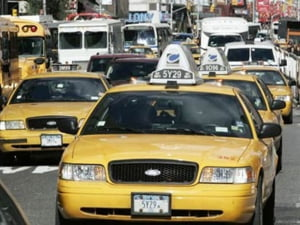 Taximetristii independenti ameninta cu proteste dupa 1 iulie