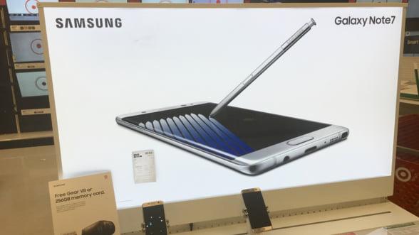 Telefoanele retrase de Samsung contin 100 de kilograme de aur, dar sa le reciclezi e ca si cum ai dezamorsa bombe