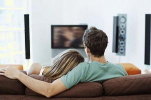 Televiziunea, iubita de consumatorii media in 2010