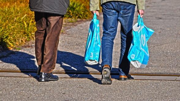 Teodorovici: Consumul este principalul element de crestere a economiei, dar acest lucru se va schimba