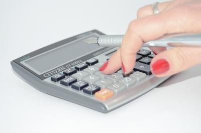 Teodorovici: O parte din activele financiare ale bancilor, precum titlurile de stat, ar putea sa nu fie taxate