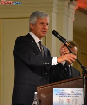 Teodorovici spune ca la ora actuala, in Romania, ar fi nevoie de un milion de lucratori