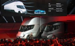 Tesla a prezentat oficial camionul electric: Specificatii impresionante pentru Semi Truck