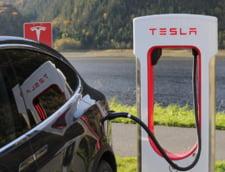 Tesla si BMW pot primi bani europeni pentru a produce baterii necesare masinilor electrice