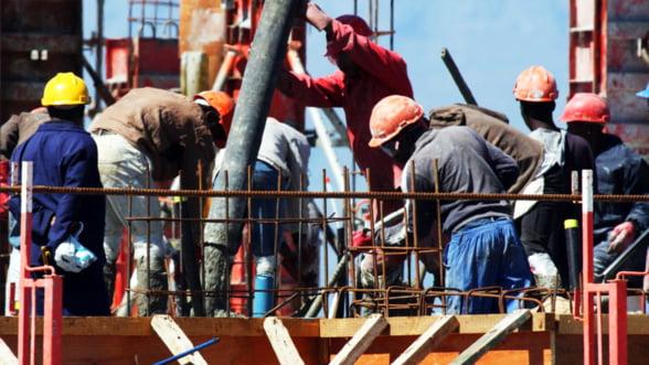 The Economist invita cetatenii romani si bulgari sa lucreze in Marea Britanie