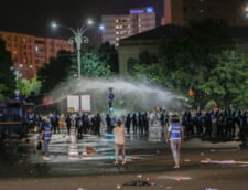 The Guardian a vorbit cu protestatarii din diaspora: Trimit miliarde de euro acasa, multumirile de la Guvern au fost brutale