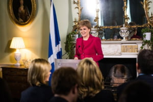 The Telegraph sustine ca premierul Scotiei ar fi abandonat planurile de a ramane in UE