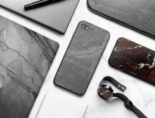 Ti-ar placea un iPhone... tare ca piatra? Acum ti-l poti imbraca in marmura neagra!