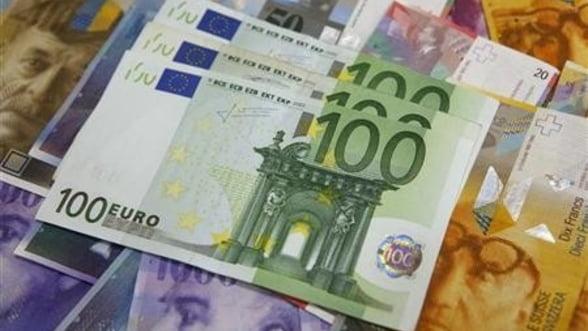 Titluri de stat italiene in valoare de 8,5 miliarde euro, scoase la vanzare