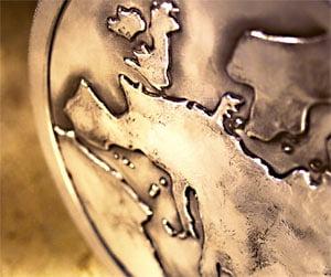 Titlurile firmelor europene s-au depreciat, in asteptarea planului de salvare a pietei din SUA