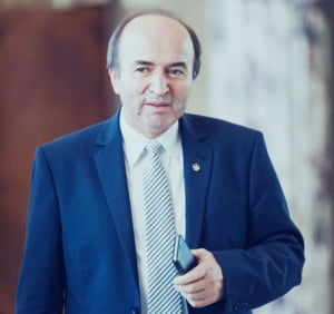 Toader: Comisia de la Venetia recomanda abrogarea pensionarii anticipate a magistratilor