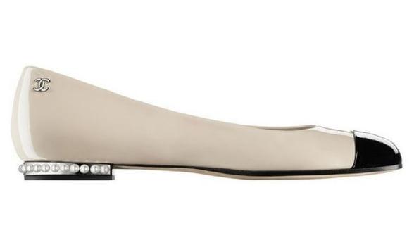 Toamna asta poarta pantofii alb-negru!