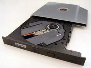 Toshiba ar putea suferi pierderi de 986 milioane dolari in urma retragerii formatului HD DVD