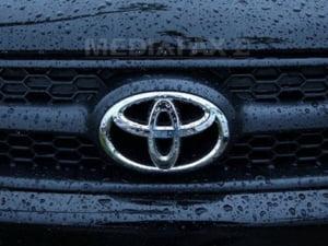 Toyota, Daimler si BMW vor sa-si alimenteze masinile cu baterii de laptopuri
