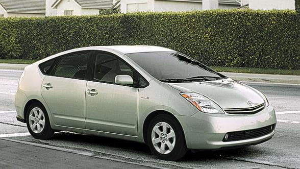 Toyota a vandut anul trecut, in premiera, peste un milion de vehicule hibrid