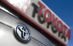Toyota discuta cu Daimler pentru furnizarea de tehnologie necesara masinilor hibrid