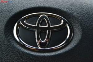 Toyota nu mai vrea sa lanseze automobile care functioneaza cu combustibili fosili