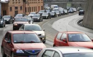 Trafic de cosmar pe DN1: Politistii au deviat traficul din cauza aglomeratiei - Update