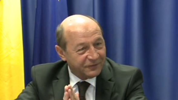 Traian Basescu: Romania poate primi fonduri UE, daca pastreaza deficitul sub 3%