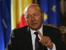 Traian Basescu, catre Guvern: Atentie la Oltchim si Mechel