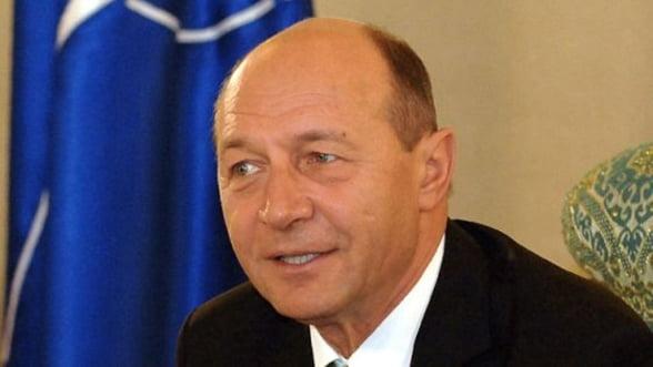 Traian Basescu a cerut remanierea ministrilor cercetati de ANI