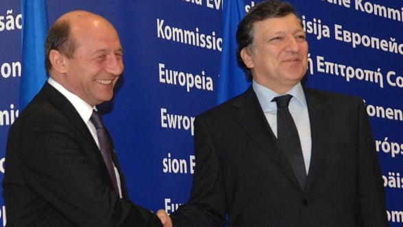 Traian Basescu discuta la Bruxelles cu Barroso, presedintele CE