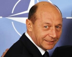 Traian Basescu ia temperatura crizei