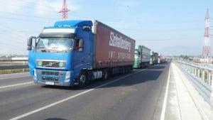 Transportatorii romani acuza ca o serie de masuri adoptate de Parlamentul European i-ar putea falimenta