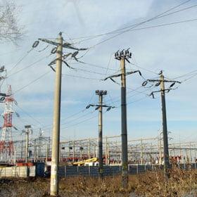 Transportul energiei electrice, mai scump cu 10,4%