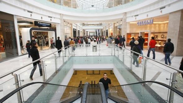 Trei motive pentru care strainii nu vin la shopping in Romania