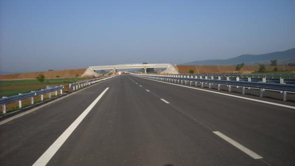 Tronsonul de autostrada Simeria-Orastie, finalizat. Panglica se taie in weekend