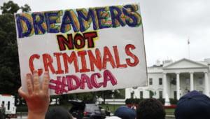 """Trump anunta ca acordul DACA este """"probabil mort"""". Sute de mii de tineri imigranti risca expulzarea"""