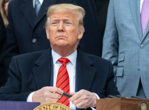 Trump spune ca va semna personal un acord de pace cu talibanii: Si ei s-au saturat sa se bata