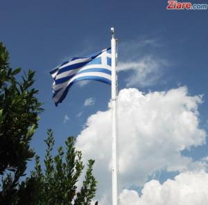 Tsipras a gasit vinovatii dupa incendiile care au ucis 90 de oameni in Grecia