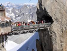 Turism extrem: Cele mai inalte obiective din lume