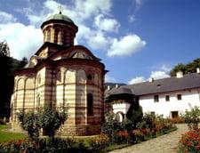 Turism monahal in Romania. Cum vrea Valcea sa devina o noua Bucovina