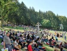 """Turism pe calea Domnului: Ce profituri au agentiile de """"pelerinaj"""" pastorite de BOR"""