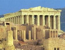 Turismul Greciei, afectat de incertitudinile politice. Cat a scazut in 2012
