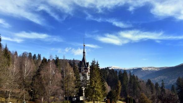 Turistii au luat cu asalt Valea Prahovei de Revelion! Statiunile Sinaia, Busteni si Azuga au fost ocupate 100%