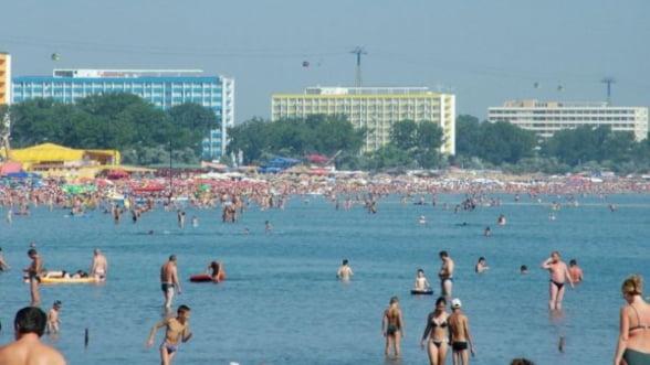 Turistii mai au o saptamana pentru a cumpara oferte pentru litoral, reduse la jumatate