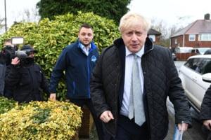 Twitter anunta ca partidul lui Boris Johnson a inselat publicul in timpul dezbaterii de marti seara