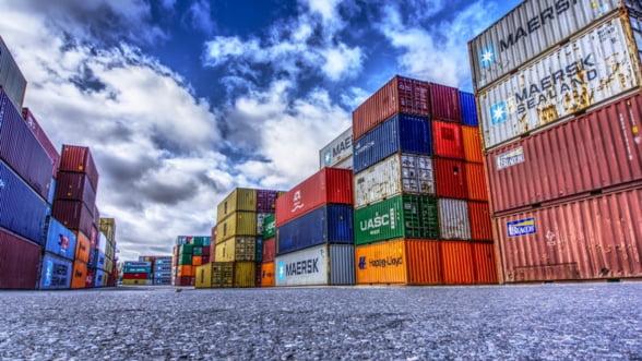 UE a inregistrat un excedent al balantei comerciale de 22,4 miliarde de euro, in februarie