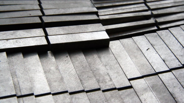 UE cere despagubiri pentru taxele impuse de SUA la importurile de otel si aluminiu
