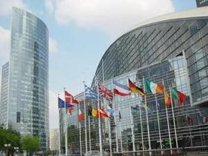 UE dubleaza la 50 mld euro ajutorul pentru statele din afara zonei euro