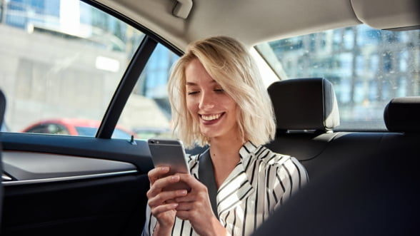 Uber evalueaza utilizatorii intr-un raport global: Bucurestenii au cel mai slab rating din tara