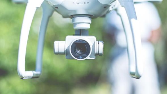 Uber promite sa livreze mancare cu dronele din 2021