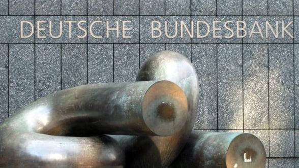 Uite criza, nu e criza: Meci de box intre bancile centrale ale Germaniei si Europei
