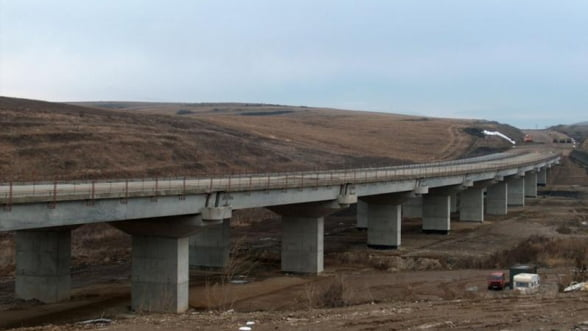 Umbrarescu pune mana pe contracte la Autostrada Transilvania